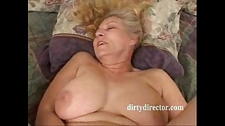 Thick MILF takes it assfuck