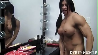 Naked Dame Bodybuilder Angela Salvagno Rides A Huge Faux-cock
