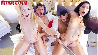 Kinky Teens Get Fucked Hardcore by best Friends
