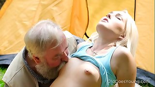 Old Goes Young - Stunning morning starts with beautiful orgasms